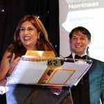 Nilofer Merchant accepts the 2013 Future Thinker Award from Speakers Associates sponsor Cosimo Turroturro