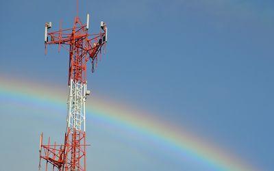Ilustrasi menara telekomunikasi. / Pixabay\n