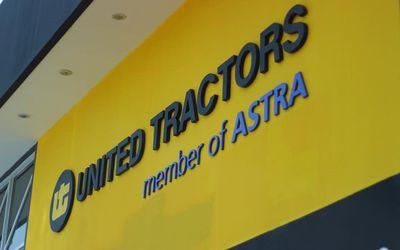 Emiten alat berat PT United Tractors Tbk. membagikan dividen kepada pemegang saham. / Facebook @ptun...