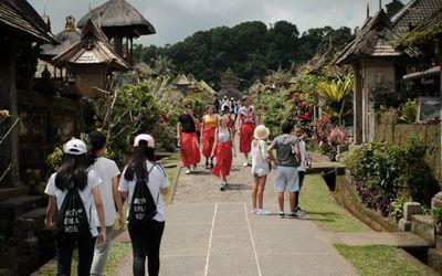 Ilustrasi pariwisata di Bali. / Dok. Kemenparekraf\n