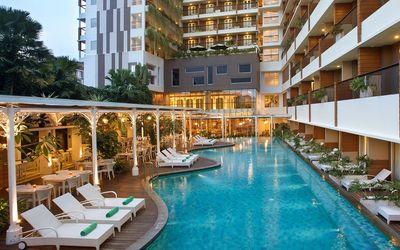 fasilitas kolam renang PHM Hotels. / phm-hotels.com\n