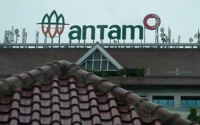 Gedung Aneka Tambang (ANTAM) di Jalan TB Simatupang, Jakarta Selatan. Foto: Ismail Pohan/TrenAsia\n