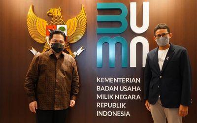 Menteri BUMN Erick Thohir dan Sandiaga Uno / Facebook @SandiSUno\n