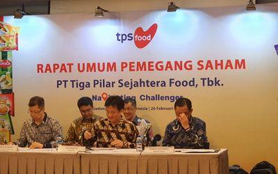 Emiten makanan ringan PT Tiga Pilar Sejahtera Food Tbk (AISA) atau TPS Food saat menggelar RUPS di B...