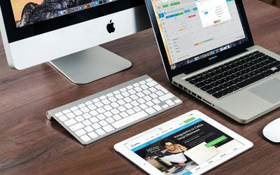 PC, Laptop, dan tablet, buatan Apple / Pixabay\n
