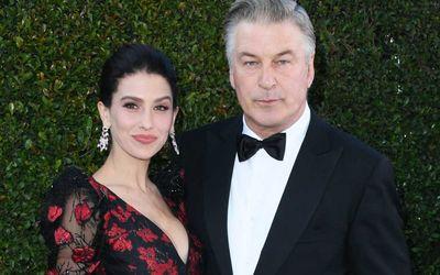 Alec Baldwin dan Istrinya Hilaria /Independent\n