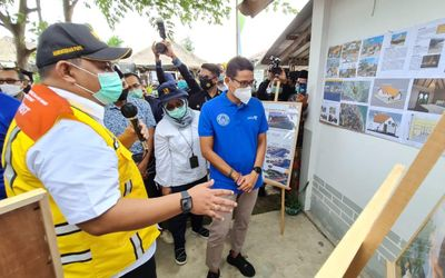 Menteri Pariwisata dan Ekonomi Kreatif (Menparekraf) Sandiaga Uno mengunjungi Lombok, Nusa Tenggara ...