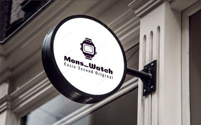Kamu bisa temukan jam tangan G-Shock dengan harga miring di Instagram @Mons_Watch.\n
