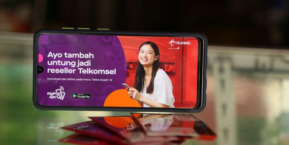 Ilustrasi Sinergi Telkomsel dan Gojek / Dok. PT Telekomunikasi Selular\n