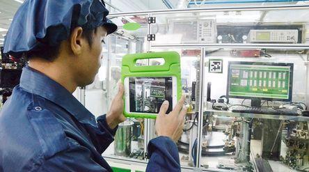Ilustrasi industri manufaktur di pabrik saat menghadapi era new normal. / Kemenperin.go.id\n