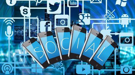 Ilustrasi media sosial Facebook, Google, Twitter dan layanan digital asing dikenakan pajak / Pixabay...