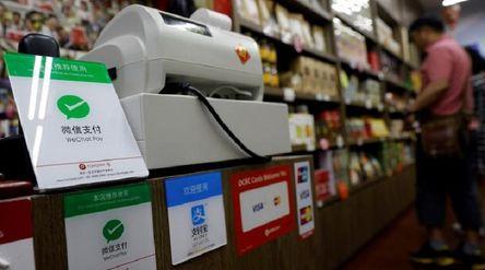 Dompet digital WeChat Pay dan Alipay asal China / Reuters\n