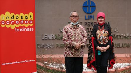 Indosat Ooredoo melanjutkan kerja sama dengan Kementerian Agama RI untuk mendukung digitalisasi Madr...