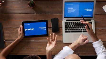 ilustrasi bisnis online\n