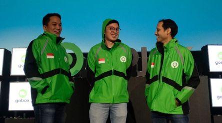 Gojek Founder dan mantan CEO Nadiem Anwar Makarim, bersama Co-CEO Kevin Aluwi dan Andre Soelistyo. /...