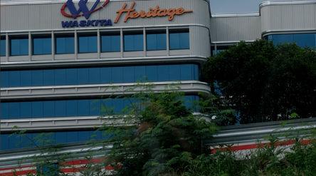 Gedung Waskita Heritage dikawasan MT Haryono, Jakarta Selatan. Foto: Ismail Pohan/TrenAsia\n