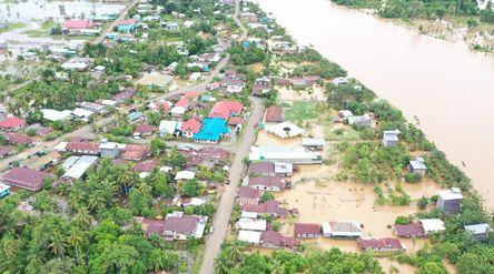 Hujan dengan intensitas tinggi mengakibatkan luapan pada Daerah Aliran Sungai (DAS) Sungai Sembakung...