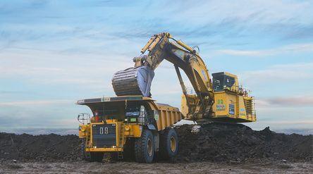 Tambang batu bara PT Delta Dunia Makmur Tbk (DOID) / Deltadunia.com\n