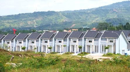 Suasana perumahan cluster di kawasan Sentul, Kabupaten Bogor, Jawa Barat, Sabtu, 2 Januari 2021. Fot...
