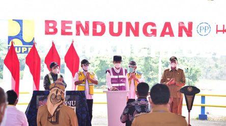 Presiden Joko Widodo (Jokowi) meresmikan Bendungan Sindangheula yang berada di Kabupaten Serang, Pro...