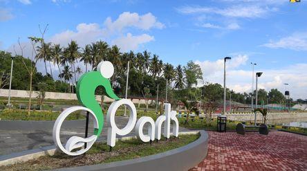 Penataan kawasan Taman Bersepeda yang berada di Desa Meninting, Kecamatan Batulayar ini mulai dikerj...