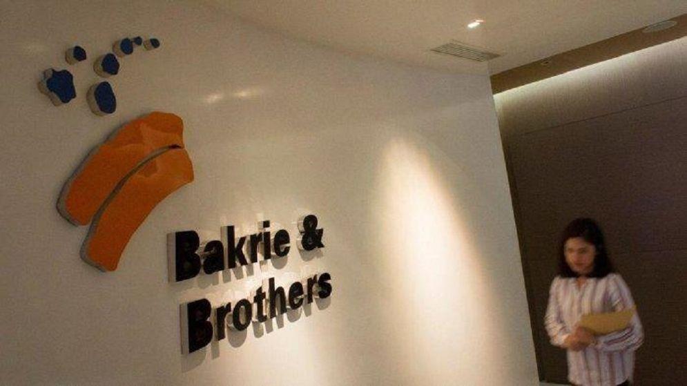BNBR juga melakukan berbagai upaya perbaikan posisi keuangan, utamanya dengan merestrukturisasi utang serta menjalankan program cost reduction dan efisiensi besar-besaran di tingkat operasional anak-anak usaha. / Bakrie-brothers.com\n