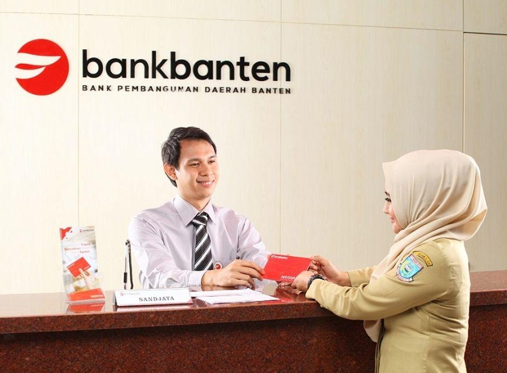 Ilustrasi penarikan dana nasabah di Bank Banten. / Facebook @bpdbanten\n