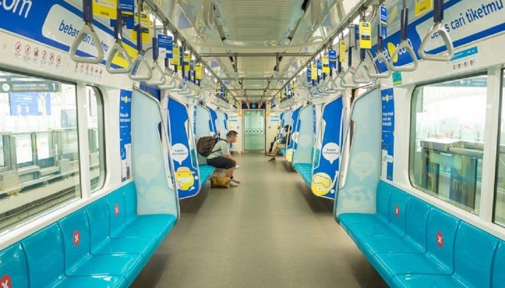 Suasana jumlah penumpang menurun selama penerapan PSBB di MRT Jakarta. / Dok. PT MRT Jakarta\n