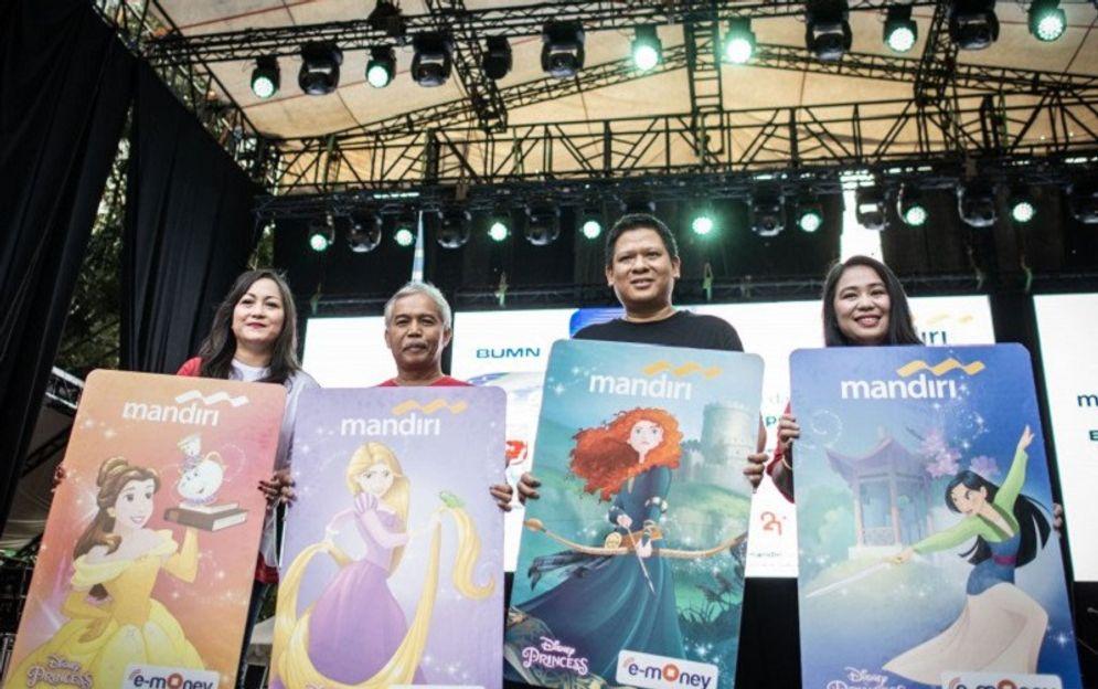 Peluncuran e-money milik PT Bank Mandiri (Persero) Tbk. / Antara Foto\n