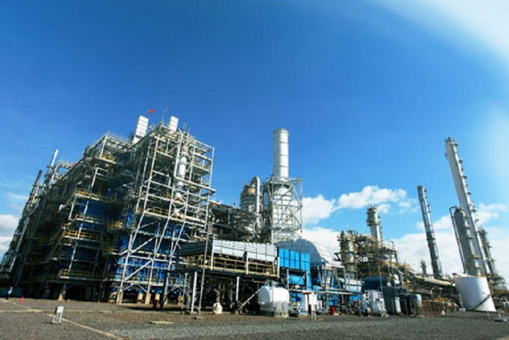 Pabrik petrokimia milik PT Chandra Asri Petrochemical Tbk. / Chandra-asri.com\n