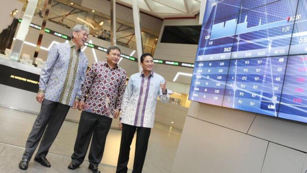 Konglomerat Edwin Soeryadjaya dan Sandiaga Salahuddin Uno bermitra untuk mendirikan PT Saratoga Investama Sedaya Tbk. sejak 1997. / Dok. Perseroan\n