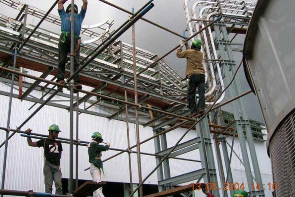 Baja produksi Gunung Raja Paksi. / Gunungrajapaksi.com\n