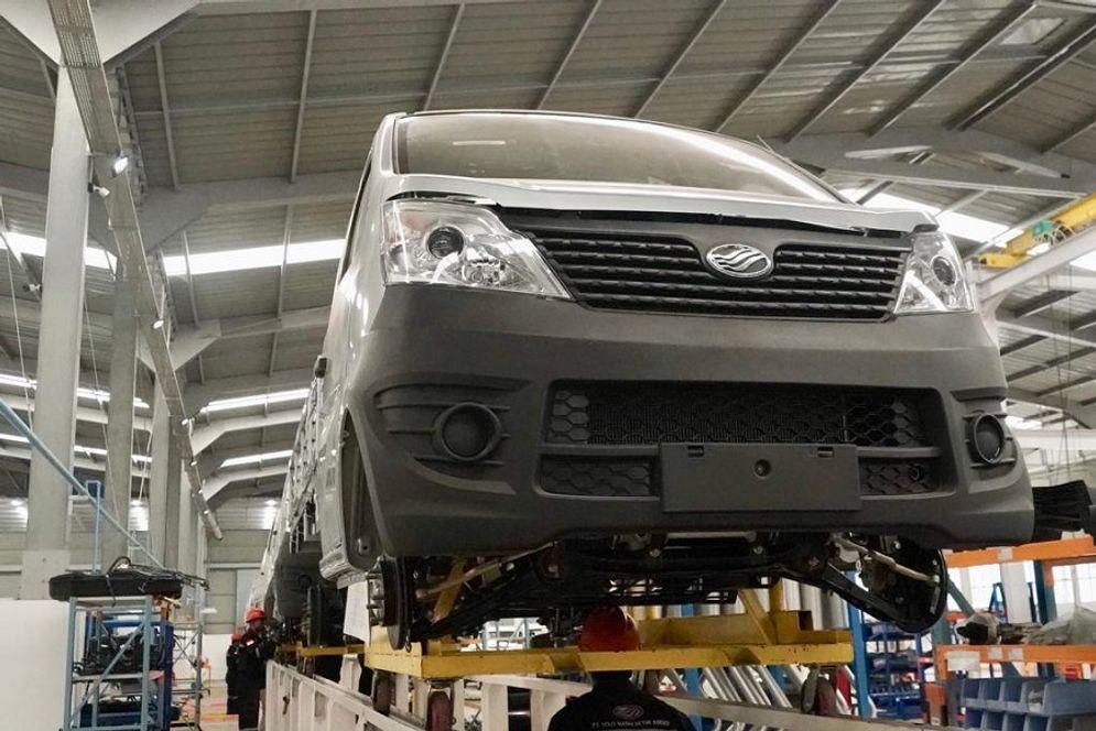 Pabrik otomotif produksi mobil / Dok. Kemenperin.go.id\n