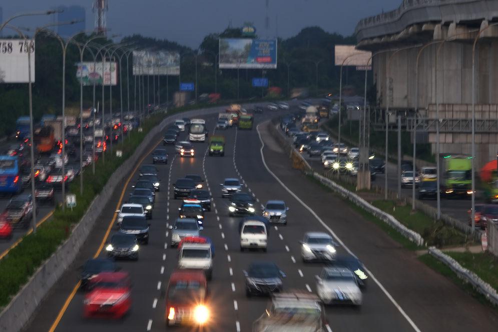 Ilustrasi: Jalan Tol Jagorawi. Foto: Ismail Pohan/TrenAsia\n