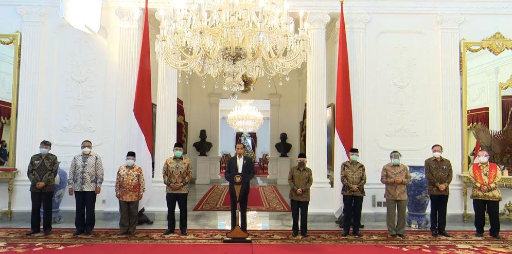Presiden Jokowi memberikan pernyataan usai bertemu dengan sejumlah organisasi keagamaan, 31 Oktober 2020. Dok: Sekretariat Kabinet.\n