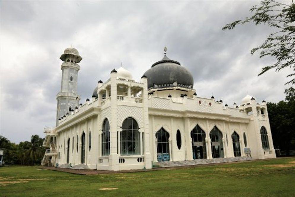 Masjid Rahmatullah. / TripAdvisor\n
