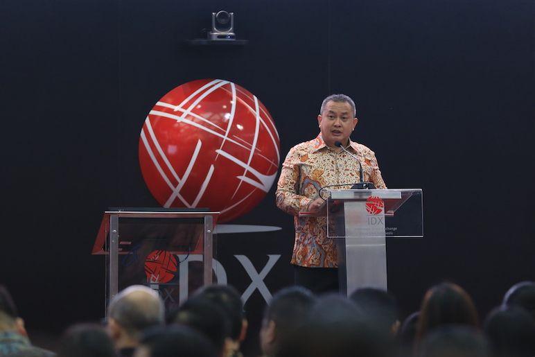 Mengamati Atraksi Regulator Meracik Aturan Pasar Modal Indonesia