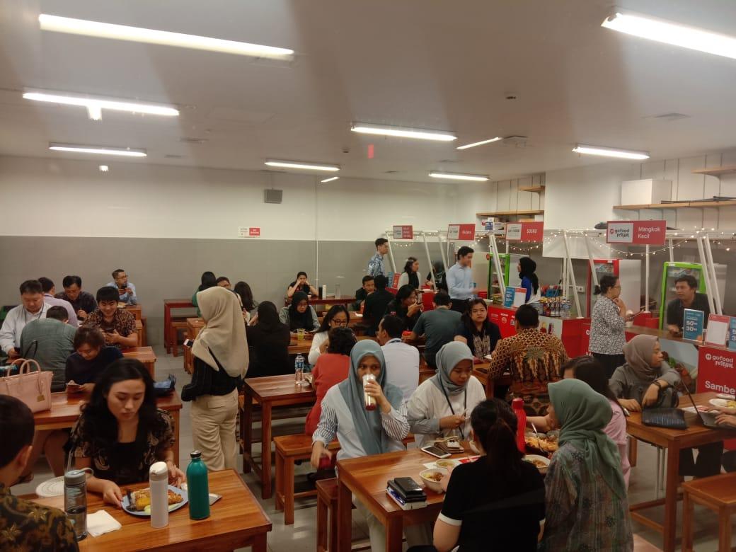 GoFood Festival Pacific Century Place, Ruang Kulineran para Karyawan Kantoran