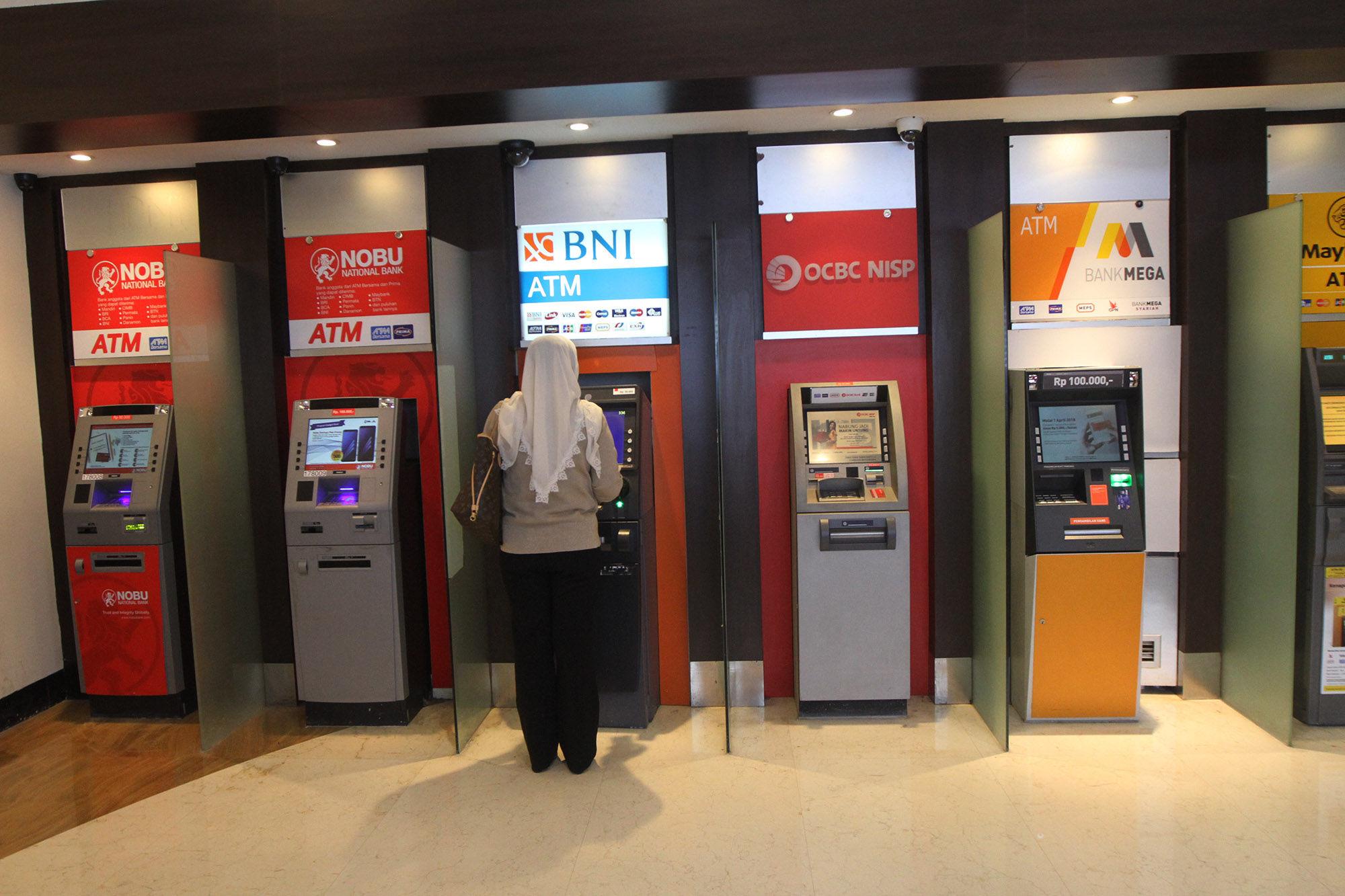 OJK Bantah Ada Bank Turun Kelas Gara-Gara KBMI, Apa Bedanya dengan BUKU?