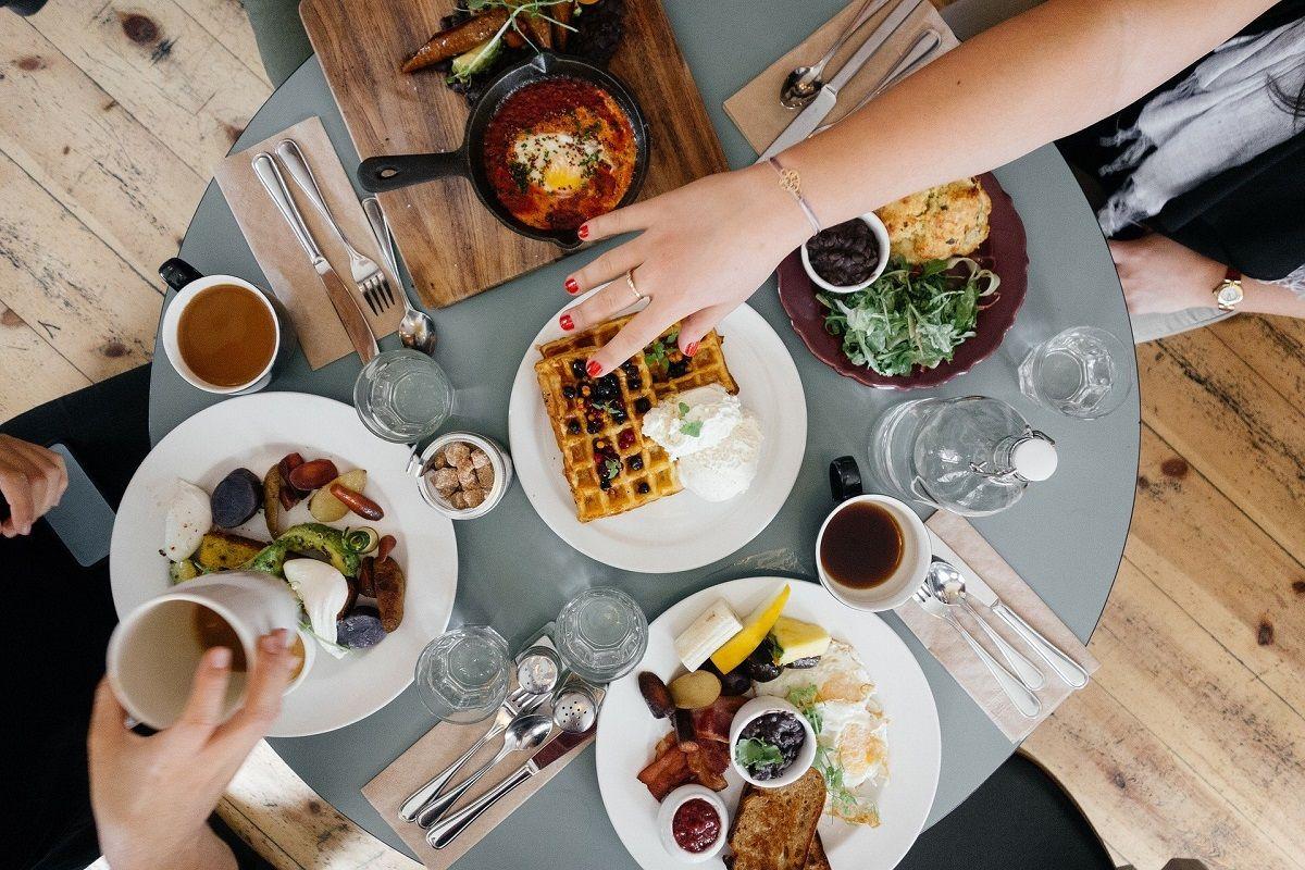 Viral Aturan Makan 20 Menit, Ternyata Segini Waktu yang Diperlukan Tubuh Supaya Kenyang