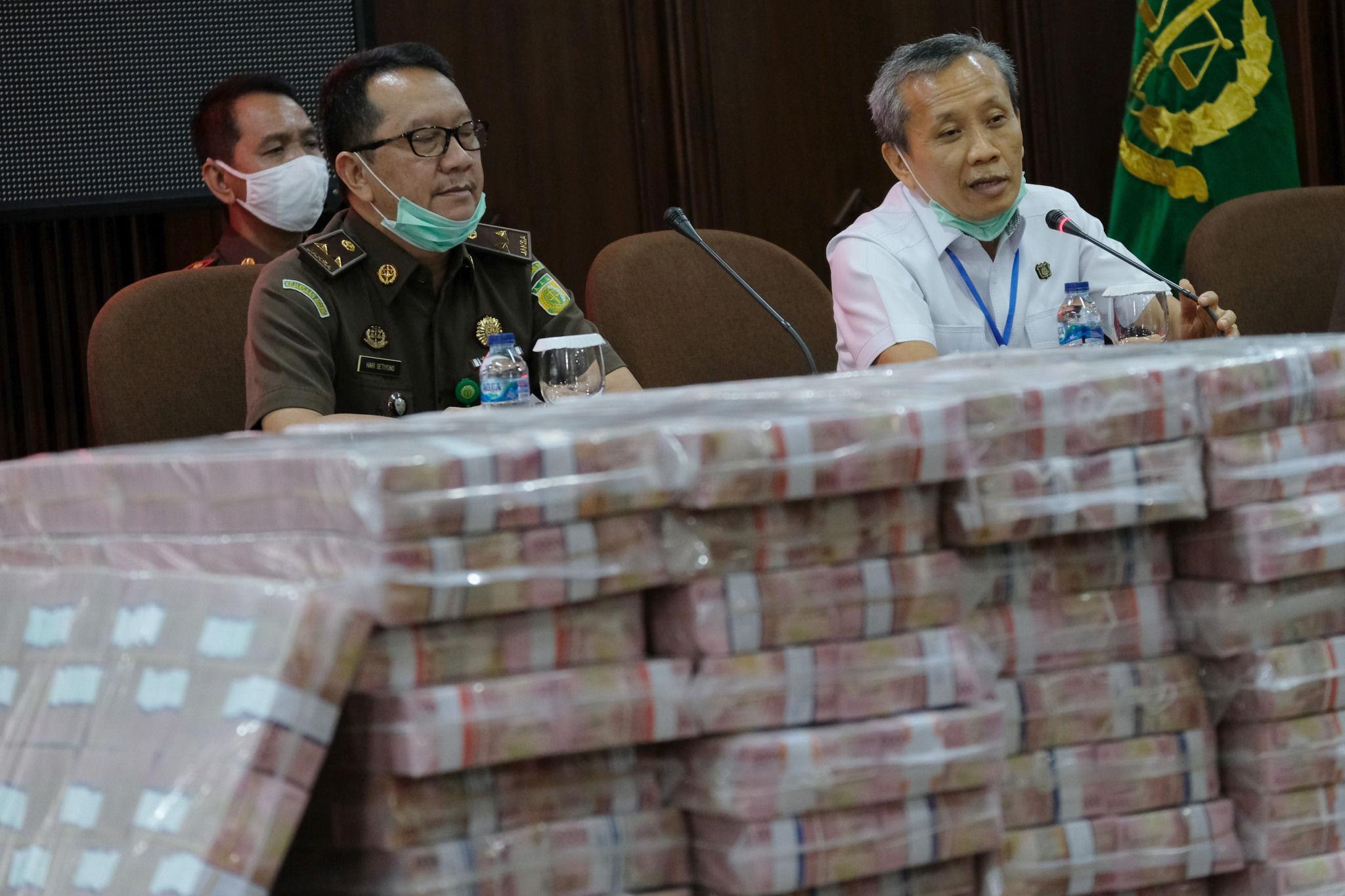 Rp56,7 Triliun Duit Rakyat Dikorupsi Selama 2020, Bayar Pajak Makin Malas