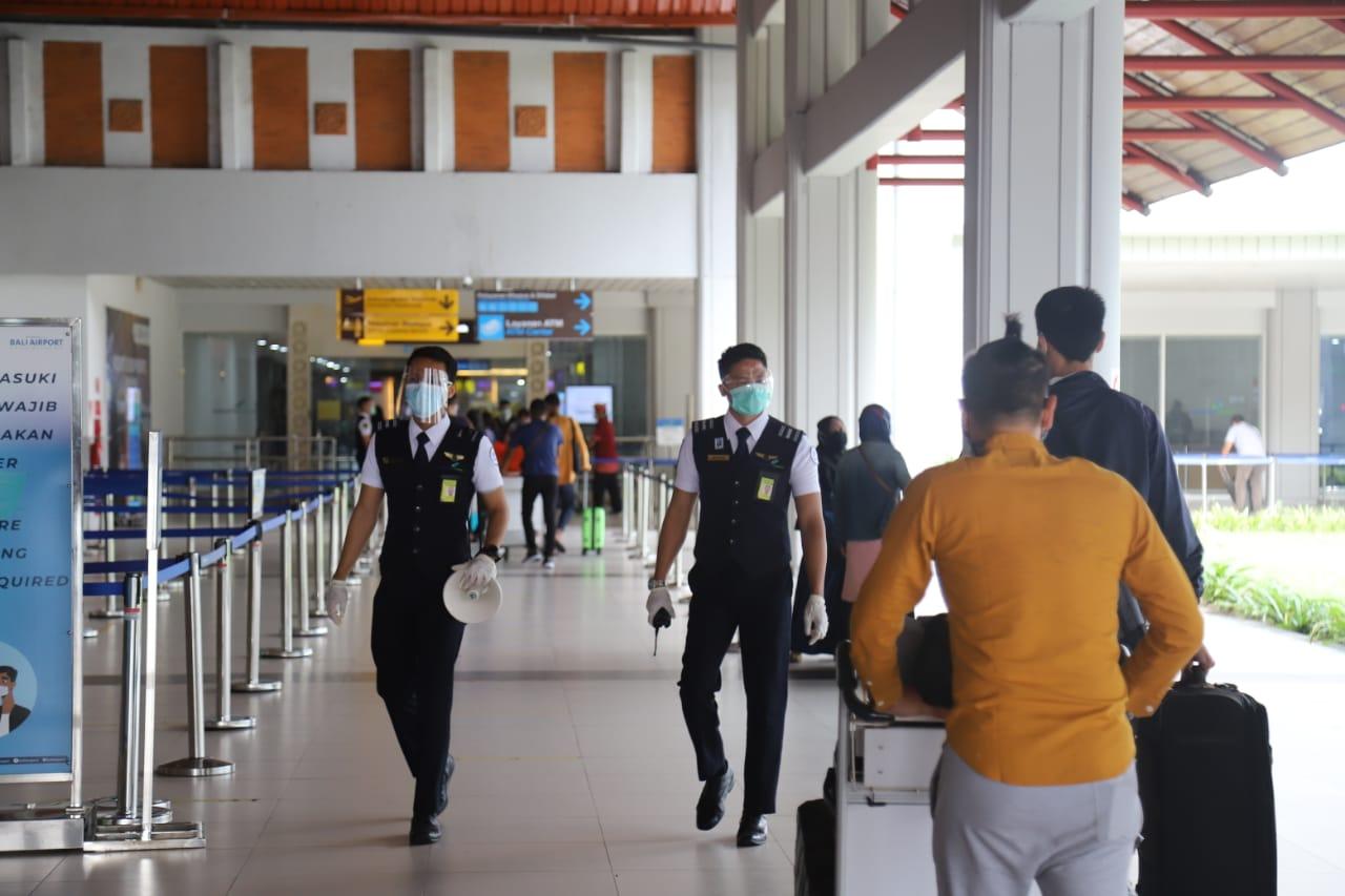 62-ribu-penumpang-terbang-melalui-bandara-i-gusti-ngurah-rai-selama-libur-paskah