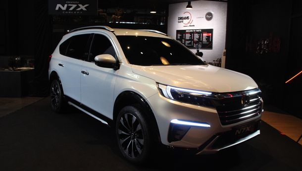 Honda Tampilkan Mobil Konsep N7X di Dreams Cafe Jakarta
