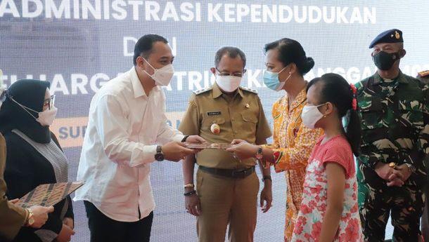 Pemkot Surabaya Berikan Beasiswa kepada Anak Korban KRI Nangagala-402 hingga Univerditas