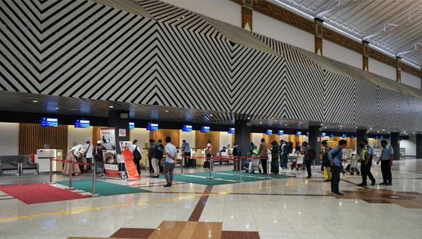 Situasi Bandara Juanda Sepi pada Lebaran H-2
