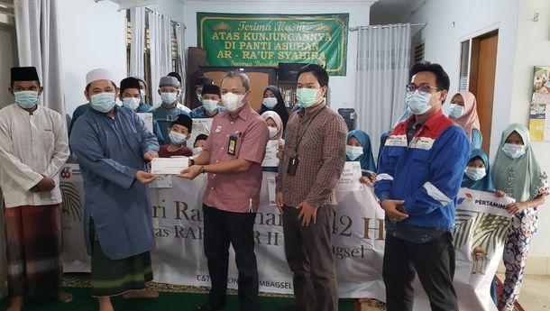 pertamina-santuni-ratusan-anak-yatim-di-5-provinsi-sumbagsel
