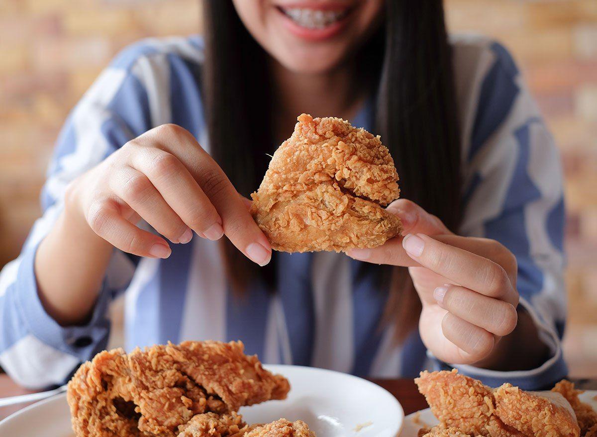 suka-makan-fried-chicken-ini-dampaknya-jika-keseringan