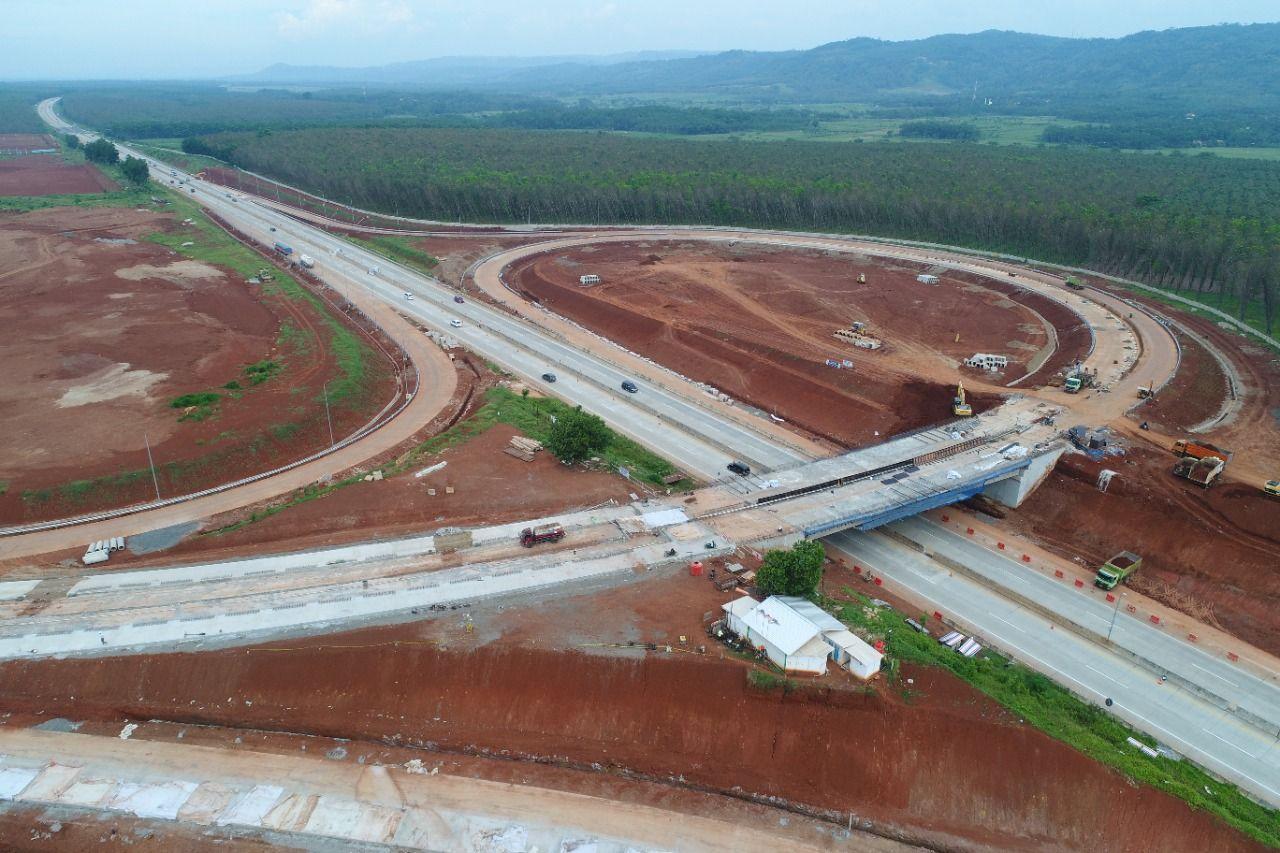Progres Sudah 76,19 Persen, Simpang Susun Akses KIT Batang Rampung Agustus 2021