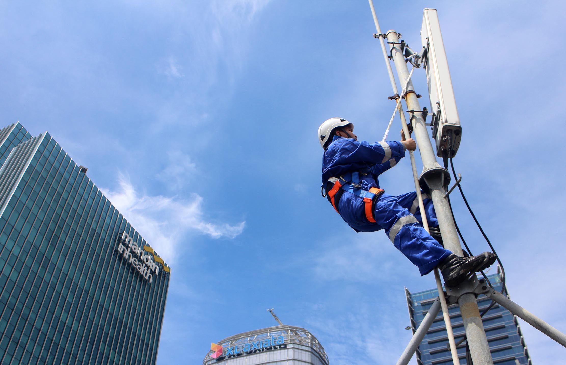 Crossing Saham CENT, Siapa Borong Centratama Telekomunikasi Rp2,04 Triliun?