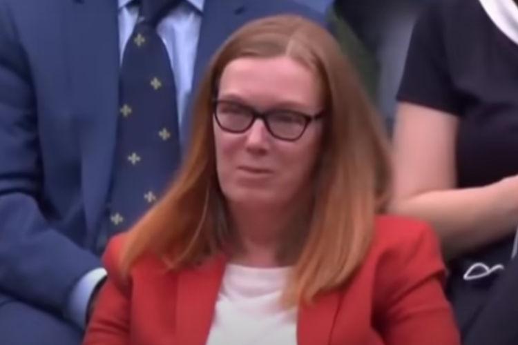 Sarah Gilbert, Ilmuwan Vaksin COVID-19 AstraZeneca Raih Standing Ovation di Wimbledon 2021